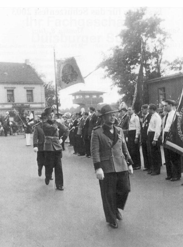 Antreten am Bahnhof im Gründungsjahr 1953